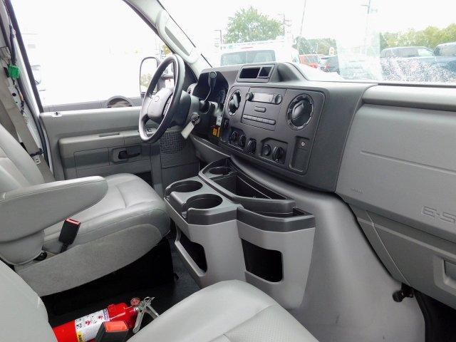 2019 E-350 4x2, Cutaway Van #279749 - photo 10