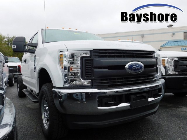 2019 F-350 Super Cab 4x4, Cab Chassis #280254 - photo 1