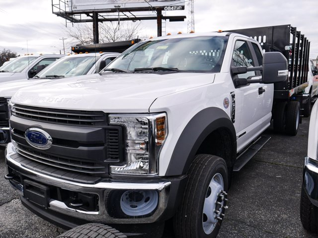 2019 F-550 Super Cab DRW 4x4, Reading Steel Stake Bed #280727 - photo 3