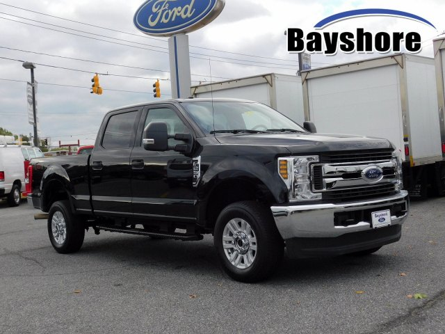 2019 F-250 Crew Cab 4x4, Pickup #280844 - photo 1