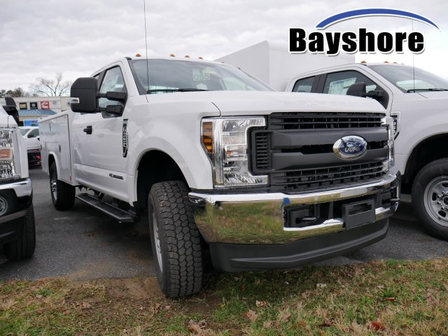2019 F-350 Super Cab 4x4, Reading Service Body #281896 - photo 1