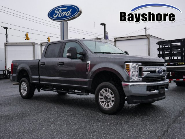 2019 F-250 Crew Cab 4x4, Pickup #282804 - photo 1