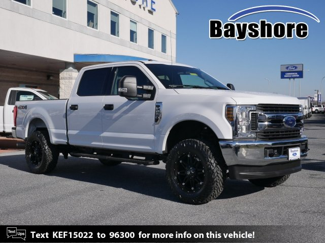 2019 F-250 Crew Cab 4x4, Pickup #283068 - photo 1