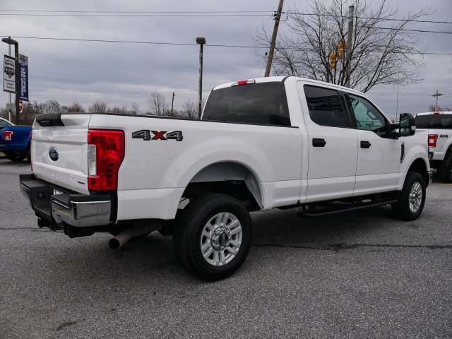 2019 F-250 Crew Cab 4x4, Pickup #283329 - photo 1