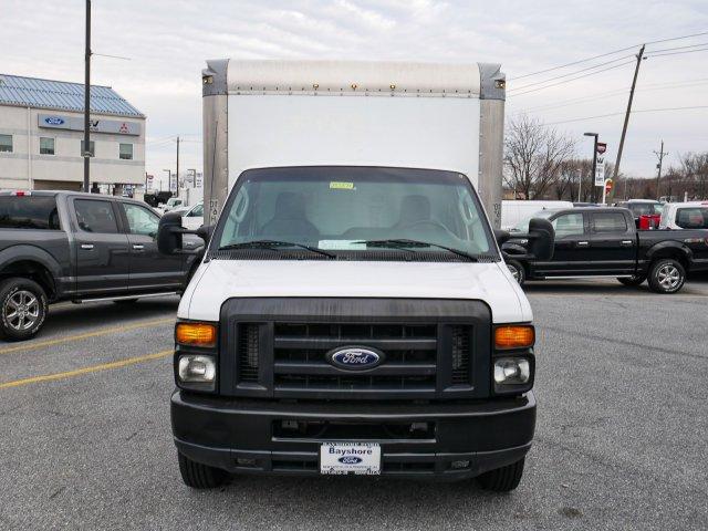 2015 E-350, Cutaway Van #283371 - photo 4