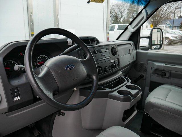 2015 E-350, Cutaway Van #283371 - photo 10