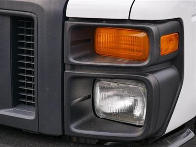 2015 E-350, Cutaway Van #283371 - photo 9