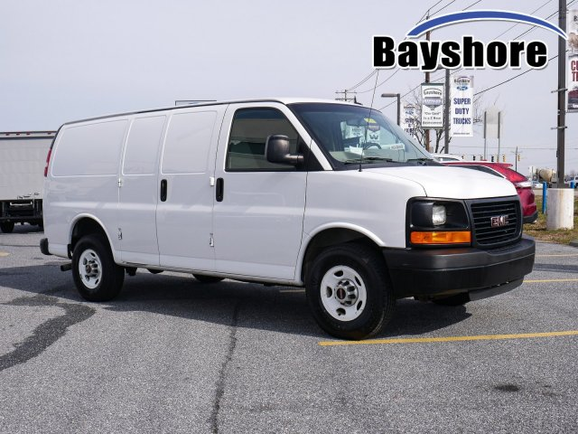 2015 Savana 2500 4x2, Empty Cargo Van #283400 - photo 1