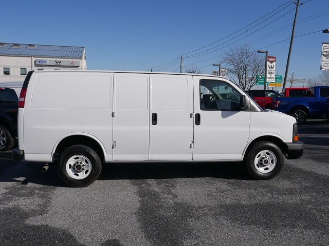 2015 Savana 2500 4x2, Empty Cargo Van #283486 - photo 8