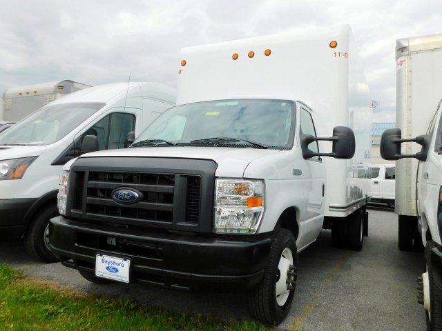 2019 E-350 4x2, Cutaway Van #284817 - photo 4