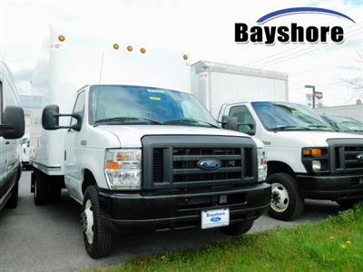 2019 E-350 4x2, Cutaway Van #284817 - photo 1