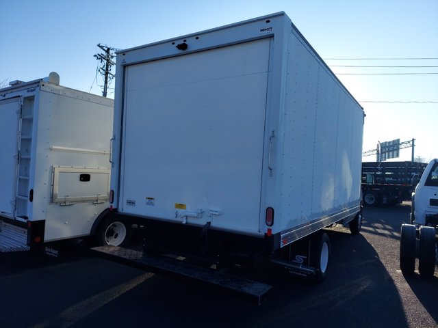 2021 Ford E-350 4x2, Supreme Dry Freight #290625 - photo 1