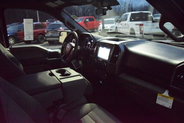 2018 F-150 Super Cab 4x4, Pickup #T8207 - photo 11