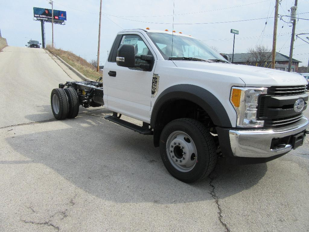 2017 F-450 Regular Cab DRW Cab Chassis #18055 - photo 4
