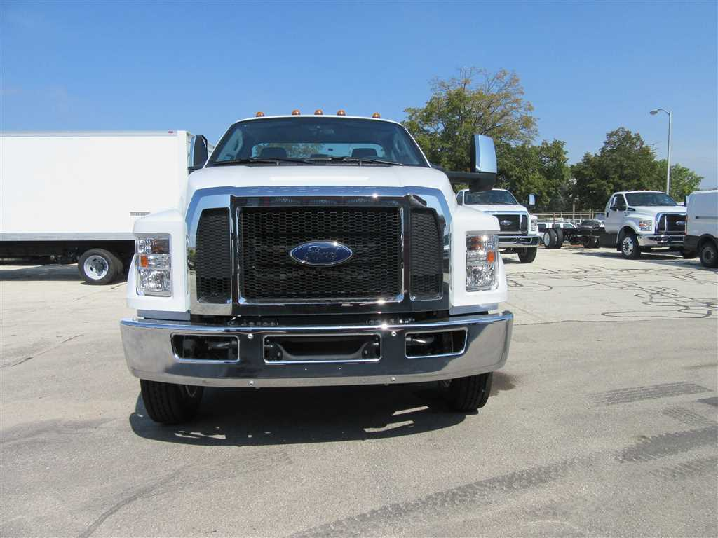 2017 F-650 Regular Cab DRW Cab Chassis #30940 - photo 5