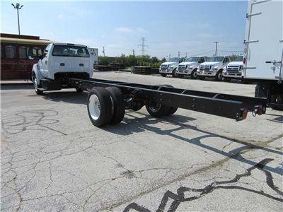 2017 F-650 Regular Cab DRW Cab Chassis #30940 - photo 2
