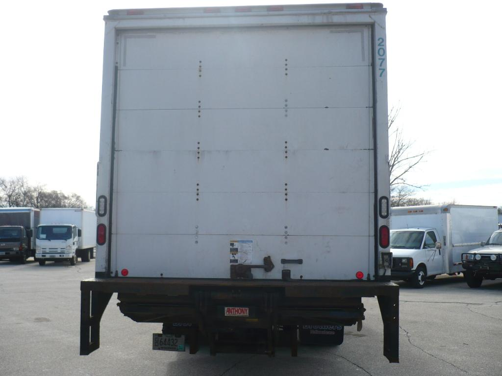 2011 F-750 Regular Cab, Dry Freight #41327 - photo 4