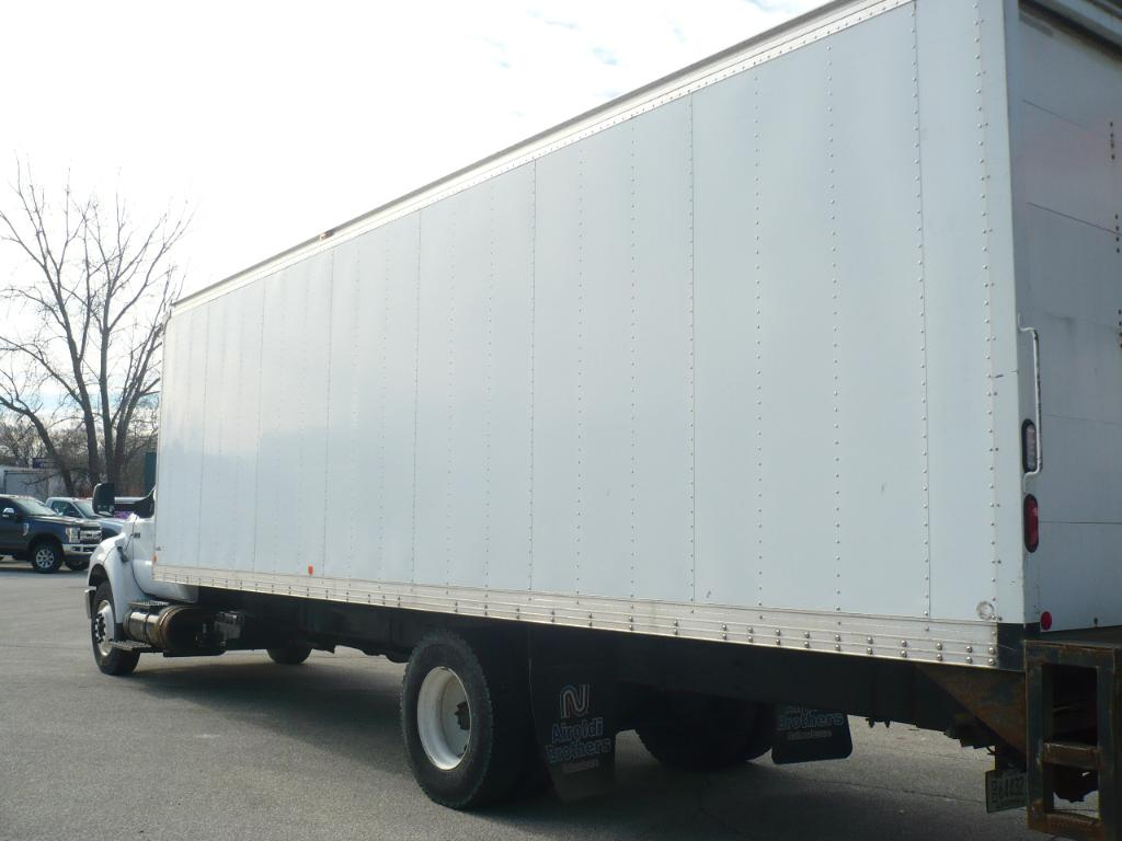 2011 F-750 Regular Cab, Dry Freight #41327 - photo 2