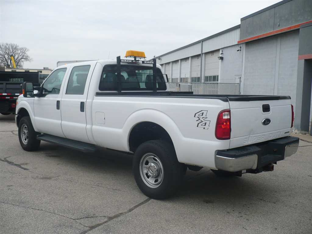 2015 F-350 Crew Cab 4x4 Pickup #41427 - photo 2