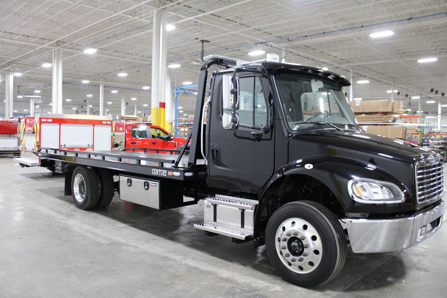 2021 Freightliner Truck, M2 w/ Century 21.5' LCG Carrier #3846 - photo 1
