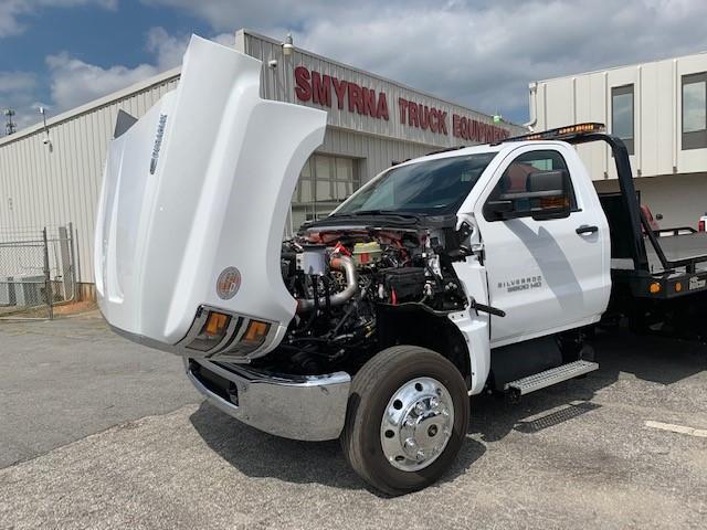 2019 Silverado Medium Duty 4x2, Miller Industries 10 Series Wrecker Body #5322 - photo 5