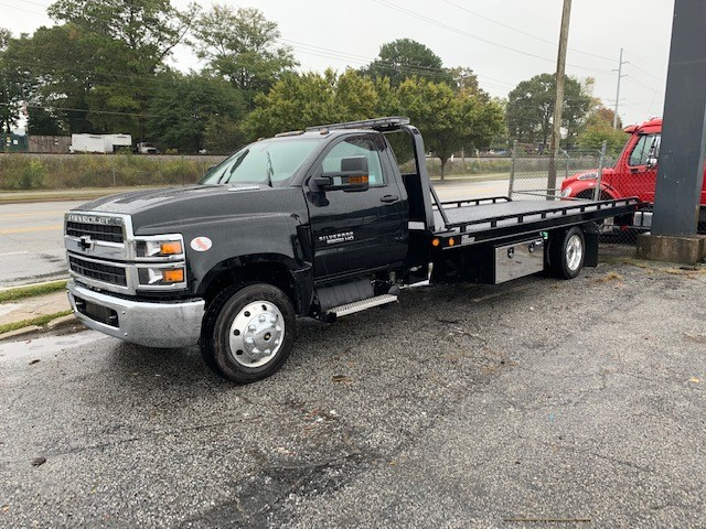 2019 Silverado Medium Duty 4x2, w/ Vulcan 21' Steel Carrier #5351 - photo 1