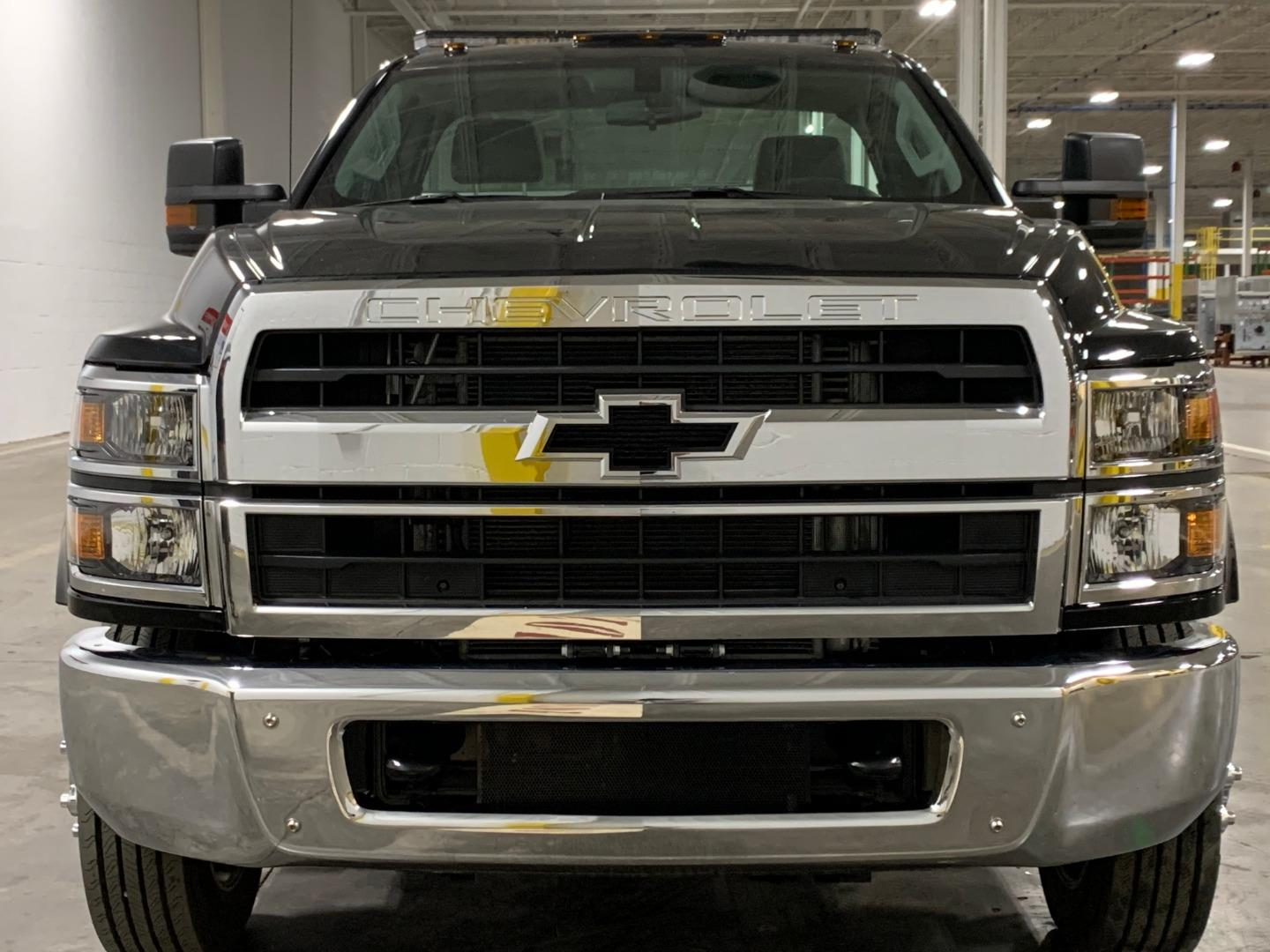 2019 Chevrolet Silverado Medium Duty 4x2, w/ Vulcan 21' Steel Carrier #5351 - photo 4