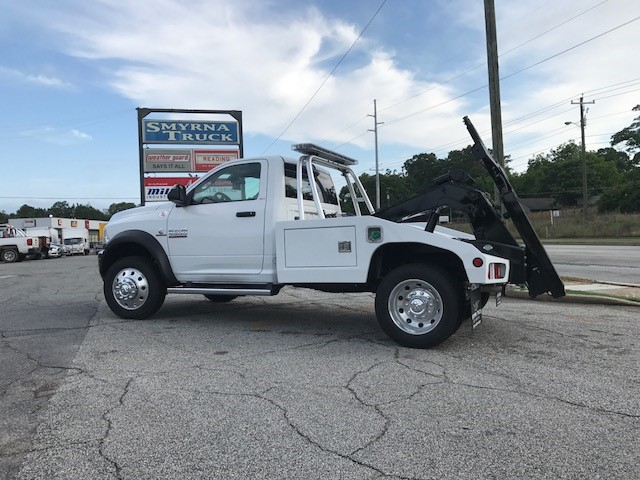 2018 Ram 4500 Regular Cab DRW 4x2,  Miller Industries Wrecker Body #8736 - photo 4