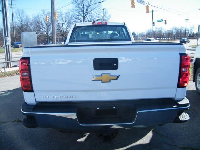 2015 Silverado 3500 Crew Cab, Pickup #CM15166 - photo 3