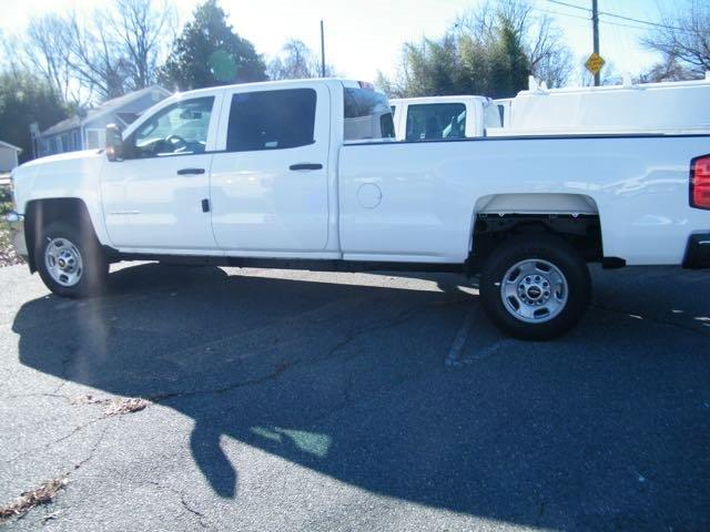 2015 Silverado 2500 Crew Cab, Pickup #CM15234 - photo 2