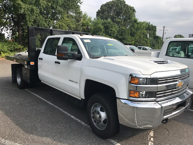 2017 Silverado 3500 Crew Cab DRW 4x4, Knapheide Value-Master X Platform Body #CM17145 - photo 1