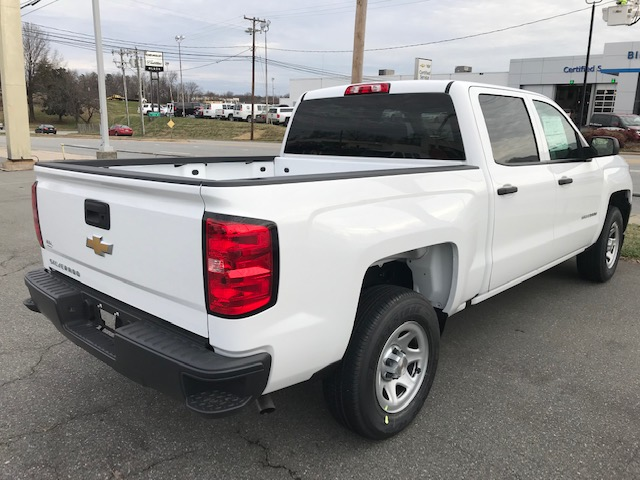 2018 Silverado 1500 Crew Cab 4x2,  Pickup #CM18283 - photo 2