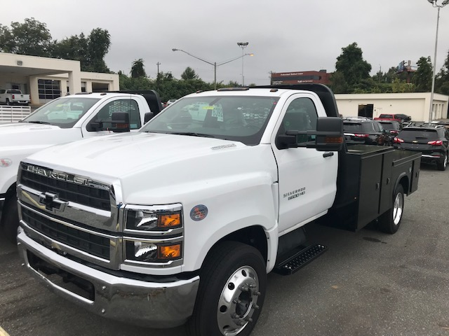 2019 Chevrolet Silverado 5500 Regular Cab DRW 4x2, Knapheide Platform Body #CM19147 - photo 1