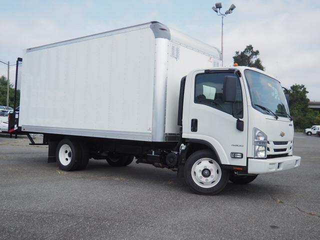 2019 LCF 4500 Regular Cab 4x2, Supreme Signature Van Dry Freight #CM19169 - photo 4