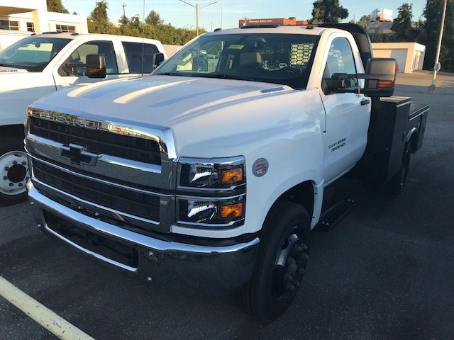 2019 Chevrolet Silverado 5500 Regular Cab DRW 4x2, Knapheide Platform Body #CM19211 - photo 1