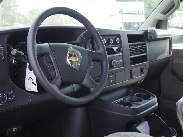 2019 Chevrolet Express 3500 RWD, Bay Bridge Classic Cutaway Van #CM19246 - photo 10
