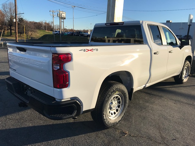 2019 Silverado 1500 Double Cab 4x4,  Pickup #CM1945 - photo 2