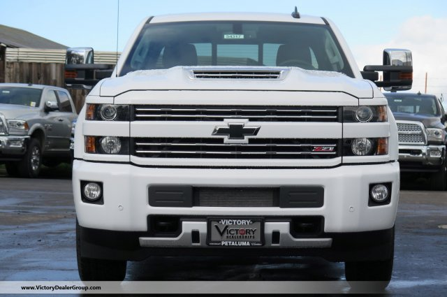 2018 Silverado 3500 Crew Cab 4x4, Pickup #54317 - photo 3