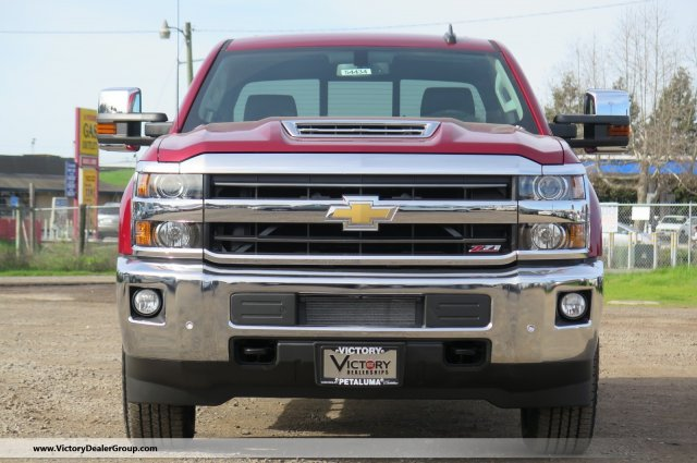 2018 Silverado 2500 Crew Cab 4x4, Pickup #54434 - photo 3