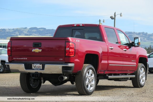 2018 Silverado 2500 Crew Cab 4x4,  Pickup #54434 - photo 2