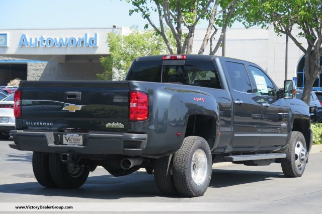 2018 Silverado 3500 Crew Cab 4x4, Pickup #54435 - photo 2
