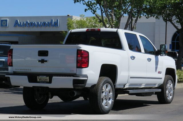 2018 Silverado 2500 Crew Cab 4x4,  Pickup #54507 - photo 2