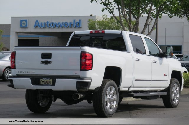 2018 Silverado 2500 Crew Cab 4x4,  Pickup #54520 - photo 2