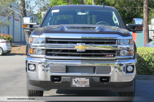 2018 Silverado 2500 Crew Cab 4x4, Pickup #54672 - photo 3