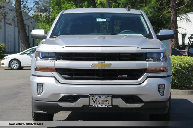 2018 Silverado 1500 Crew Cab 4x4,  Pickup #54705 - photo 3