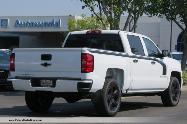 2018 Silverado 1500 Crew Cab 4x2,  Pickup #54807 - photo 2
