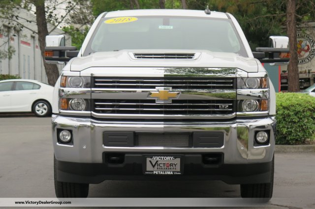2018 Silverado 3500 Crew Cab 4x4,  Pickup #54814 - photo 3