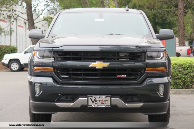 2018 Silverado 1500 Crew Cab 4x4,  Pickup #54832 - photo 3