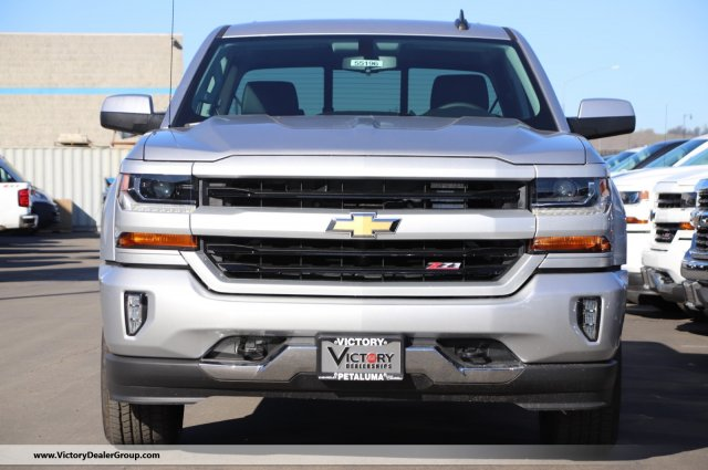 2018 Silverado 1500 Crew Cab 4x4,  Pickup #55196 - photo 3