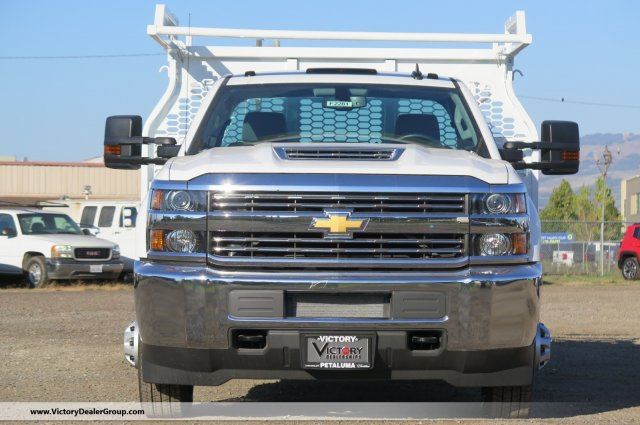 2018 Silverado 3500 Regular Cab DRW 4x2,  Knapheide Contractor Body #F2281 - photo 3